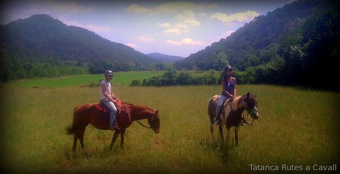 Tatanca Rutas a caballo por la Garrotxa