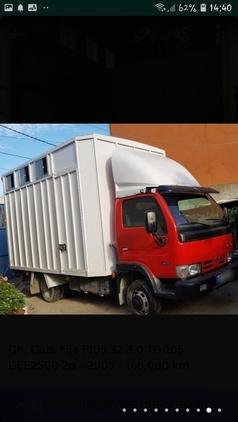 vendo camion tres caballos